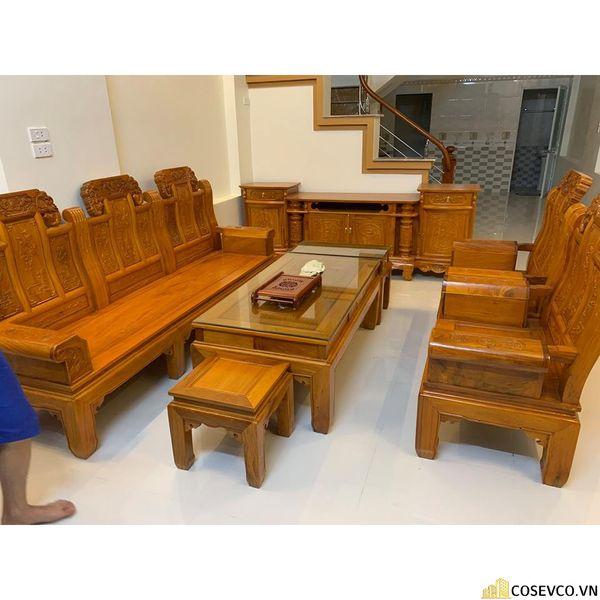 Có rất nhiều mẫu mã - chất liệu bàn ghế giá khoảng dưới 10 triệu rất đẹp bạn nên chọn kỹ hoặc nhờ các đơn vị cung cấp tư vấn
