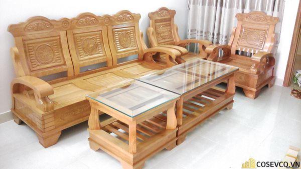 Mẫu bàn ghế đang giảm giá 50% khi bạn đến xem và mua hàng trực tiếp