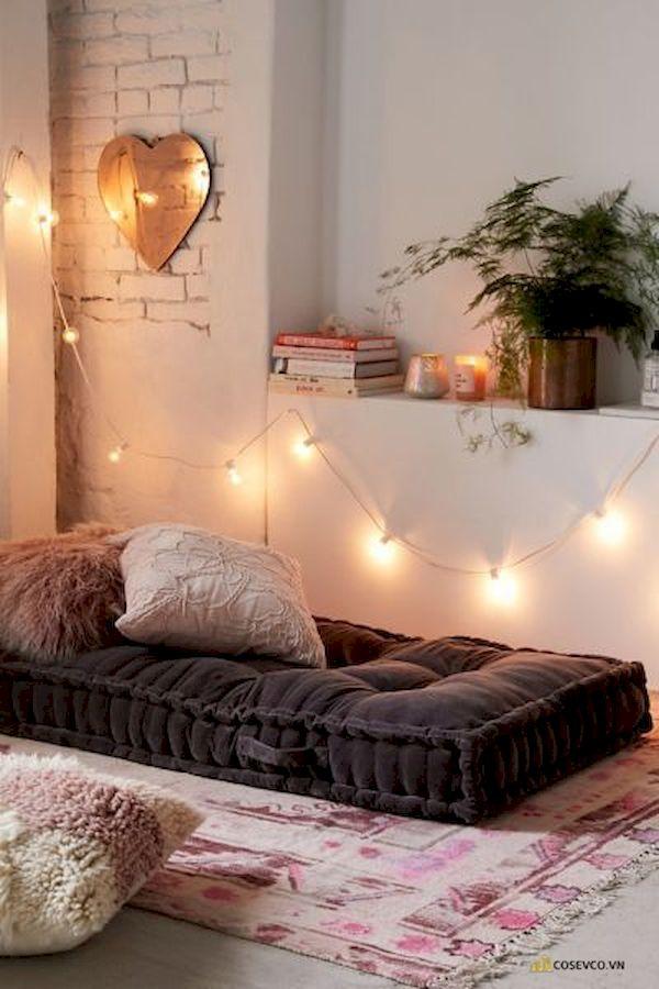 Mẫu trang trí phòng ngủ nhỏ cho nữ không giường - Cách 9