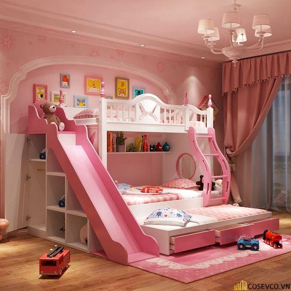 Mẫu giường tầng này còn có thêm một ngăn kéo thông minh giúp chia không gian ngủ thành 3 tầng. Màu hồng nữ tính thiết kế mềm mại