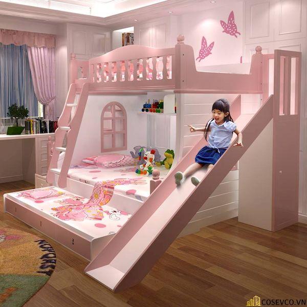 Với màu sắc hồng nhạt kèm thiết kế thông minh. Đây chính là mẫu giường đang được nhiều bậc phụ huynh chọn lựa hiện nay