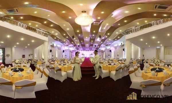 Khu vực sảnh đón khách khi bước vào khu vực tổ chức lễ cưới
