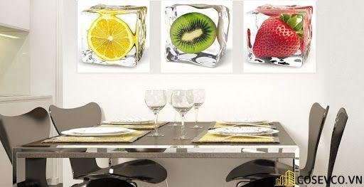 Tranh, kính cường lực trang trí phòng bếp đơn giản sang trọng - H1