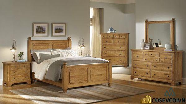Lựa chọn giường gỗ sồi đỏ không chỉ mang hơi ấm thiên nhiên mộc mạc vào căn phòng - Mẫu 4