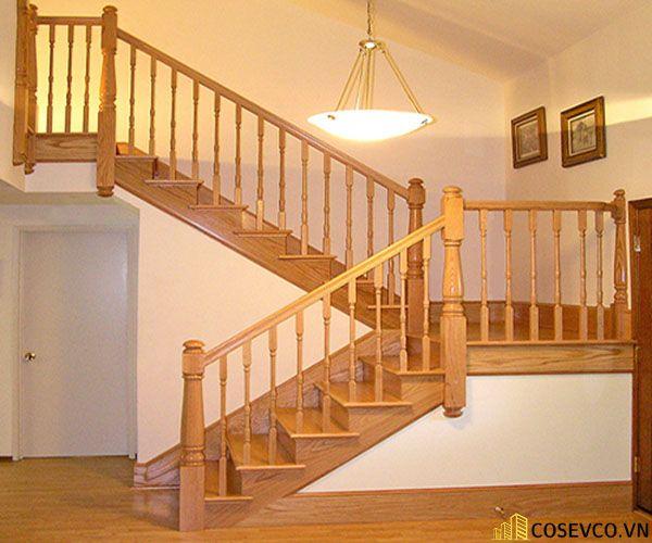 Ứng dụng gỗ sồi trong sản xuất cầu thang