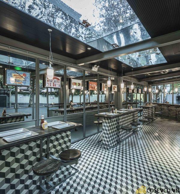 Mẫu thiết kế nội thất nhà hàng khung thép đơn giản - M3