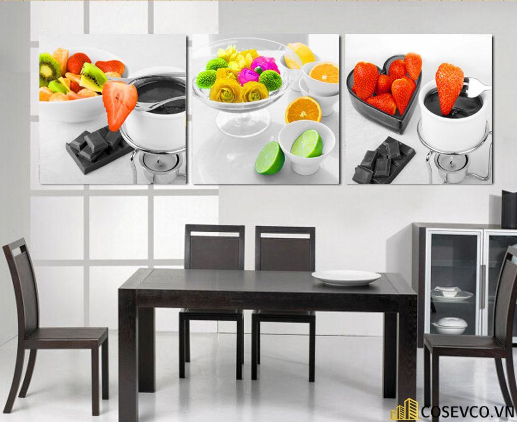 Tranh, kính cường lực trang trí phòng bếp đơn giản sang trọng - H3