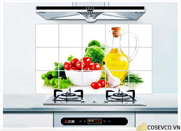 Tranh, kính cường lực trang trí phòng bếp đơn giản sang trọng - H5