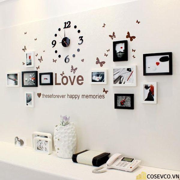 Trang trí không gian phòng cưới với những khung ảnh kỷ niệm - M4