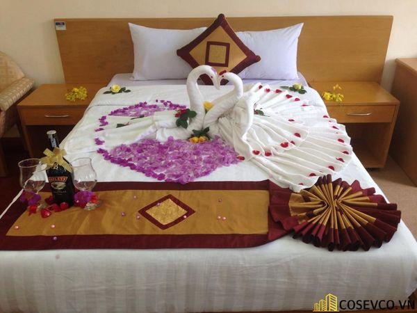 Trang trí nội thất phòng cưới đơn giản ấm áp nhất - M2