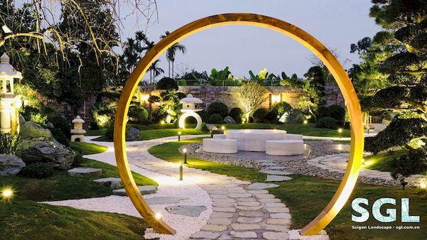 Hình 1: Liệu có nên thiết kế sân vườn hay không?