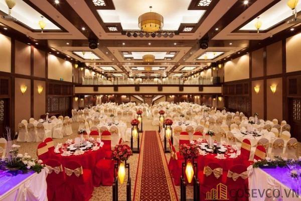 Bàn ghế nhà hàng tiệc cưới - Mẫu 3
