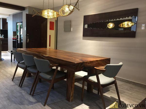 Mẫu bàn ăn gỗ nguyên khối đẹp sang trọng - M8