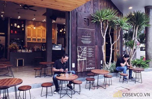 Trang trí quán cà phê vỉa hè