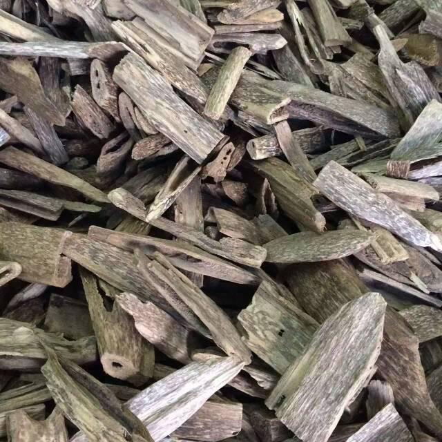 Gỗ trầm hương bao nhiêu tiền 1kg?